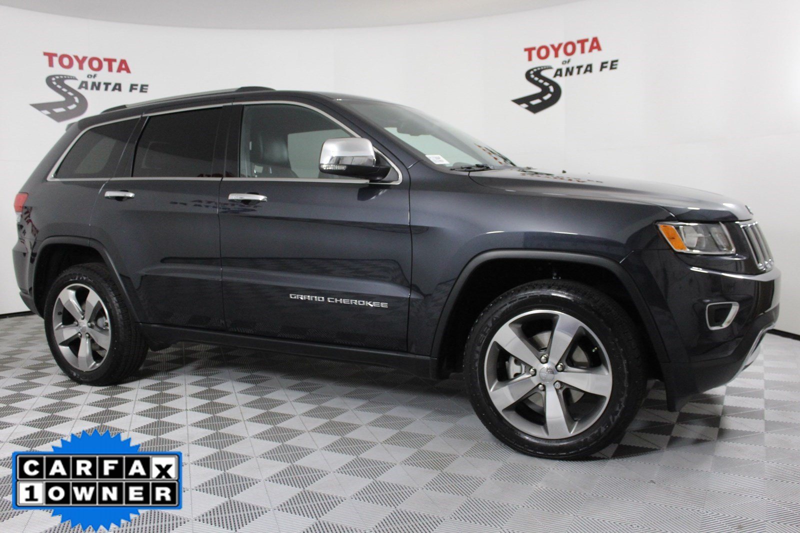 Pre-Owned 2015 Jeep Grand Cherokee Limited 4WD #FC172864P