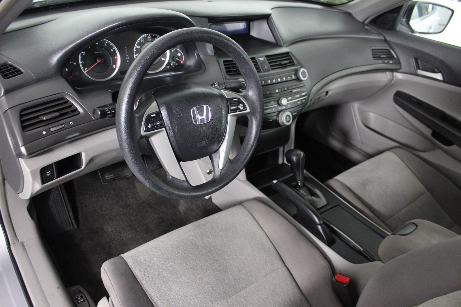 Pre-Owned 2009 Honda Accord LX