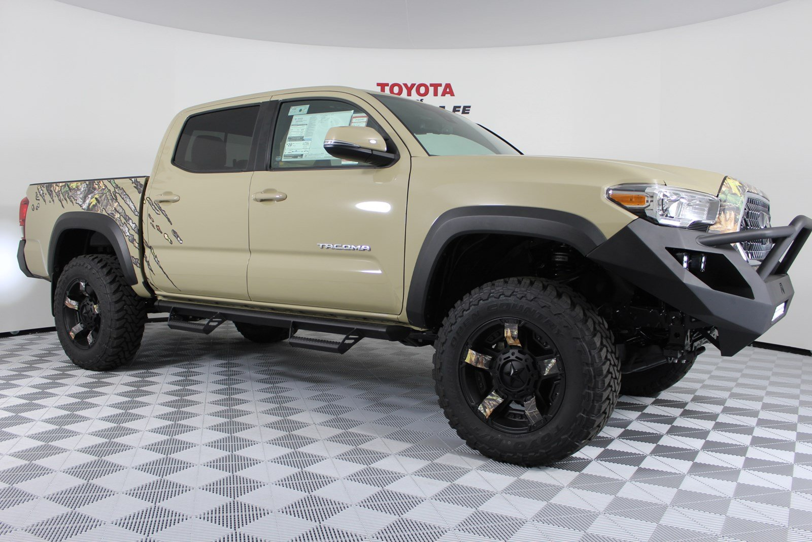 New 2018 Toyota Tacoma Trd Off Road Double Cab 5 Bed V6 4x4 At In White 2004 Sequoia