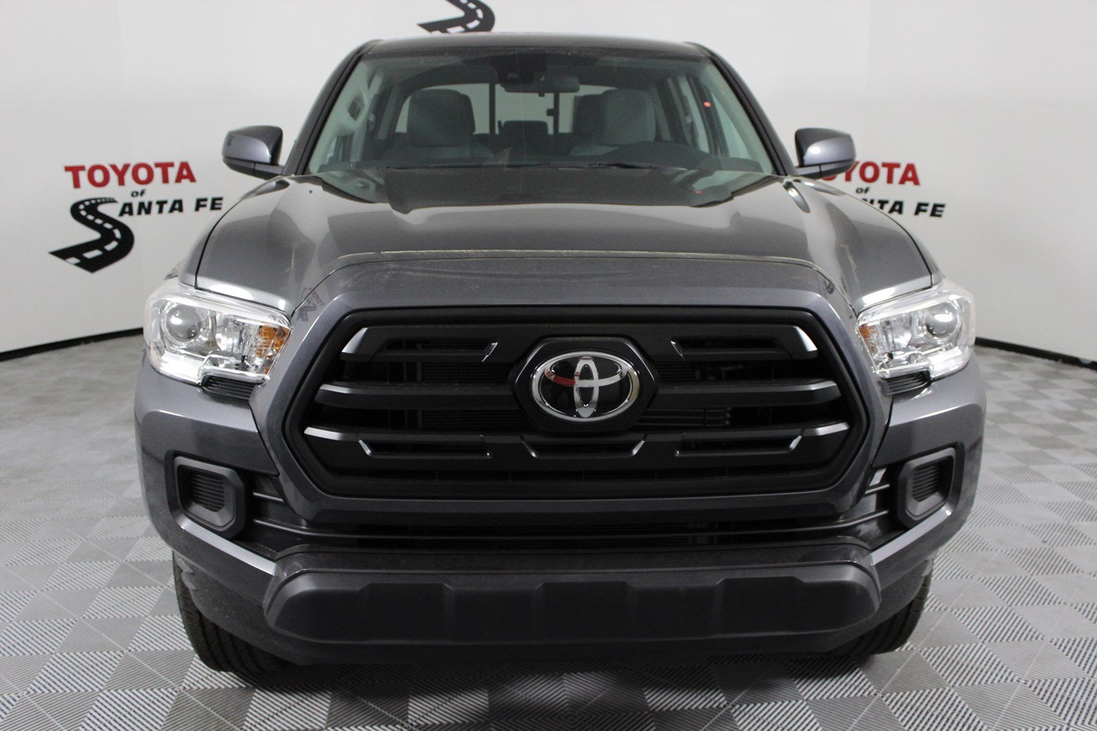 New 2019 Toyota Tacoma SR Double Cab 5' Bed V6 AT