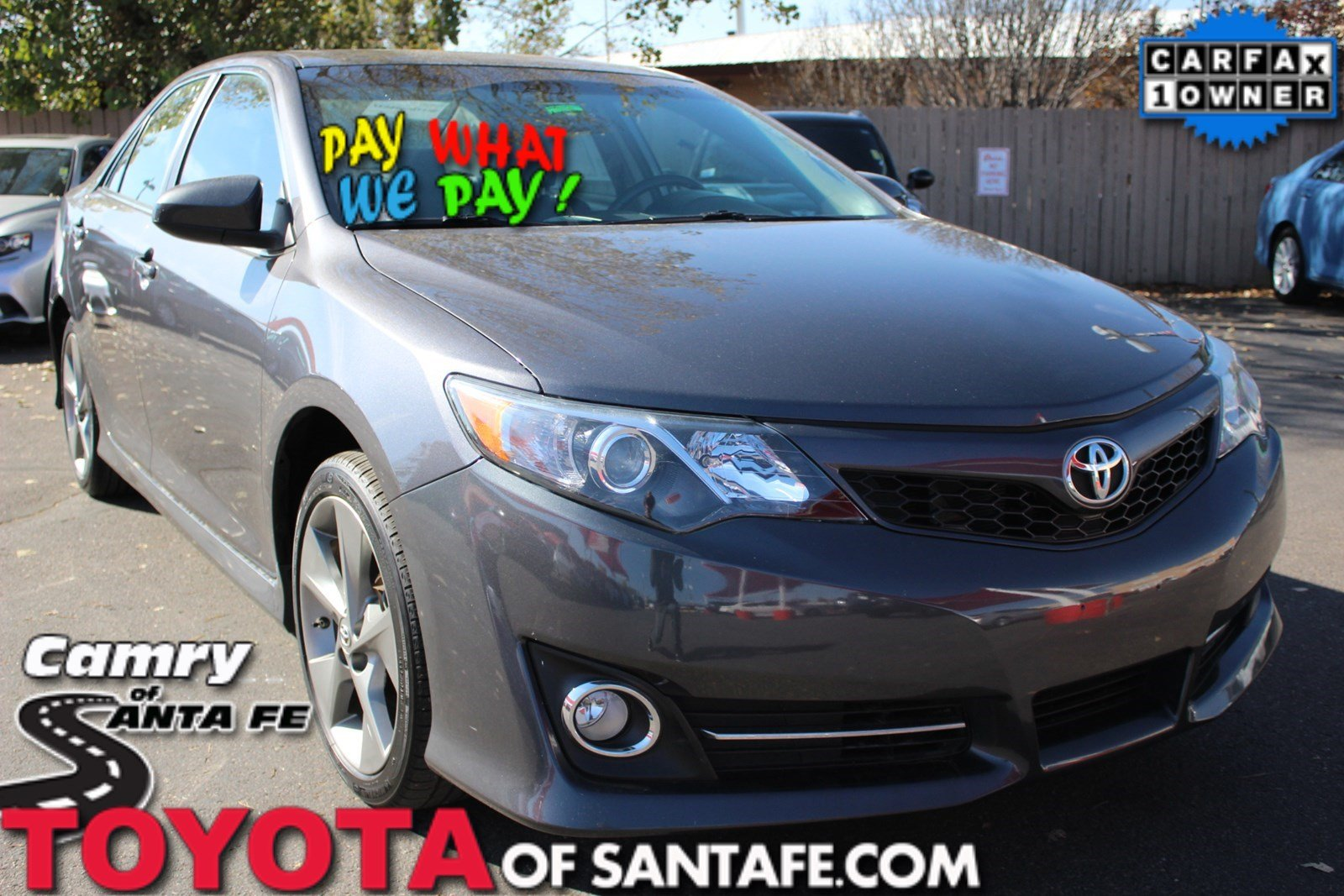 Pre-Owned 2014 Toyota Camry SE With Navigation