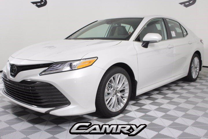 New 2020 Toyota Camry XLE AWD