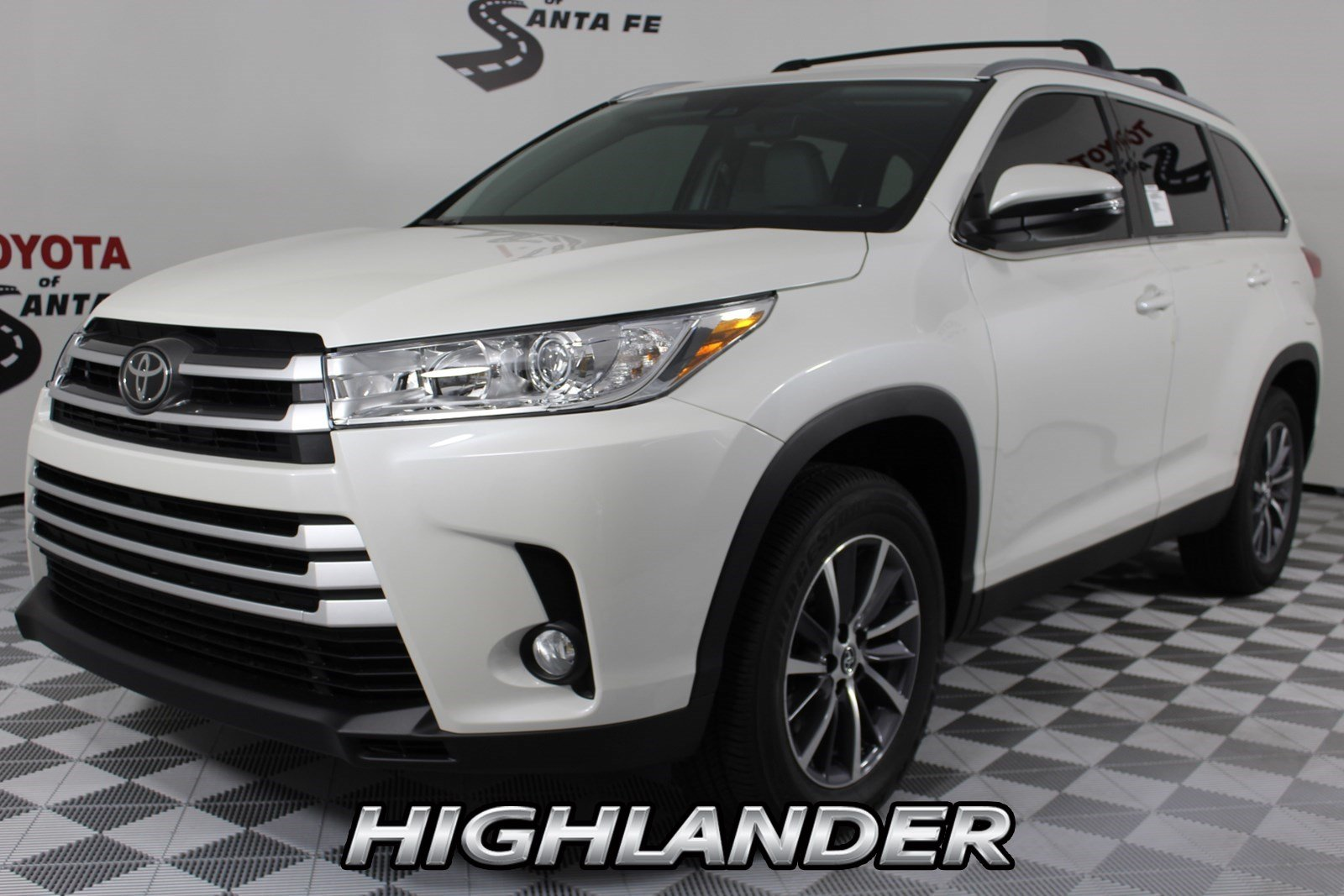 Toyota Highlander Owners Manual: Installation with latch system