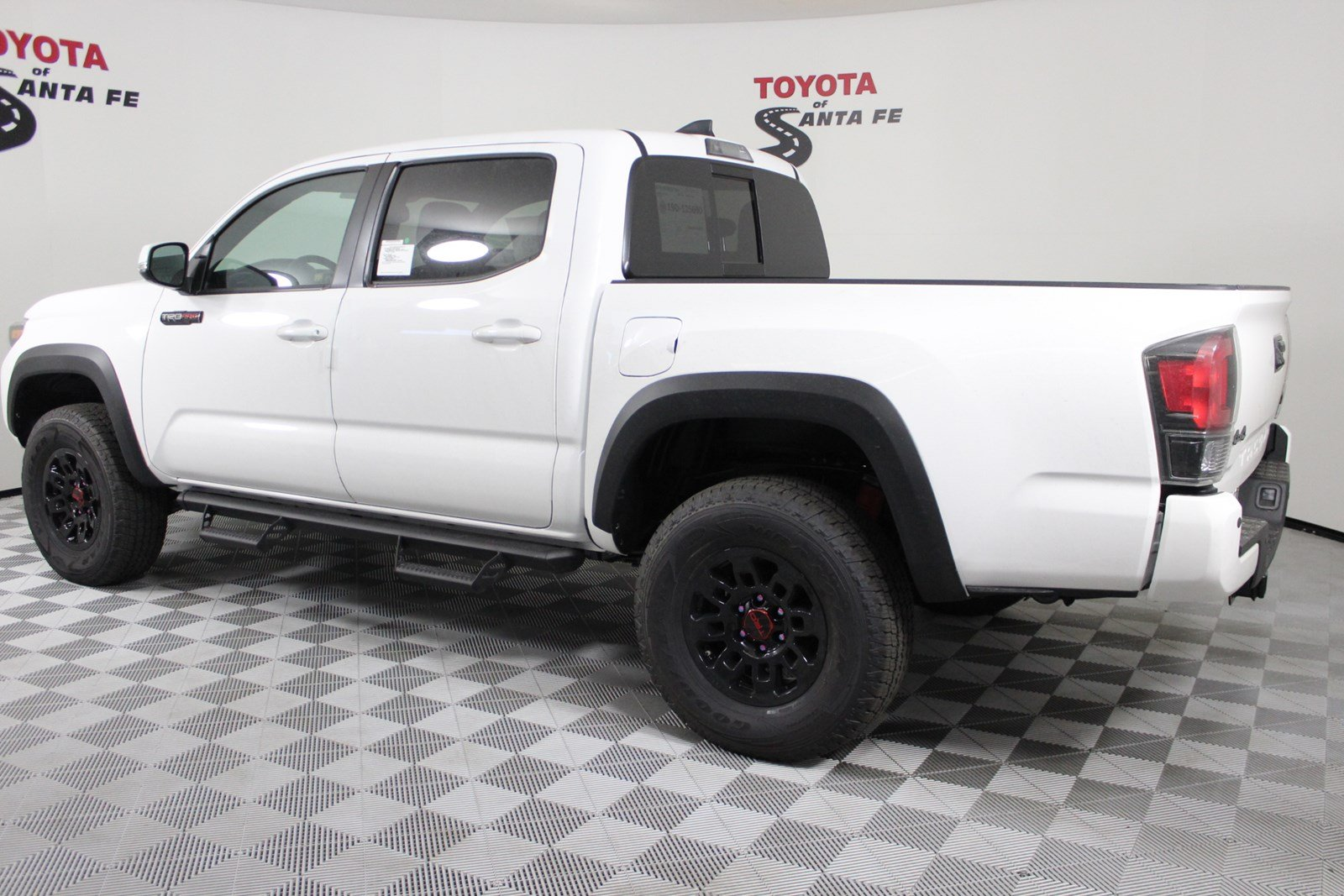 New 2019 Toyota Tacoma TRD Pro Double Cab 5' Bed V6 MT