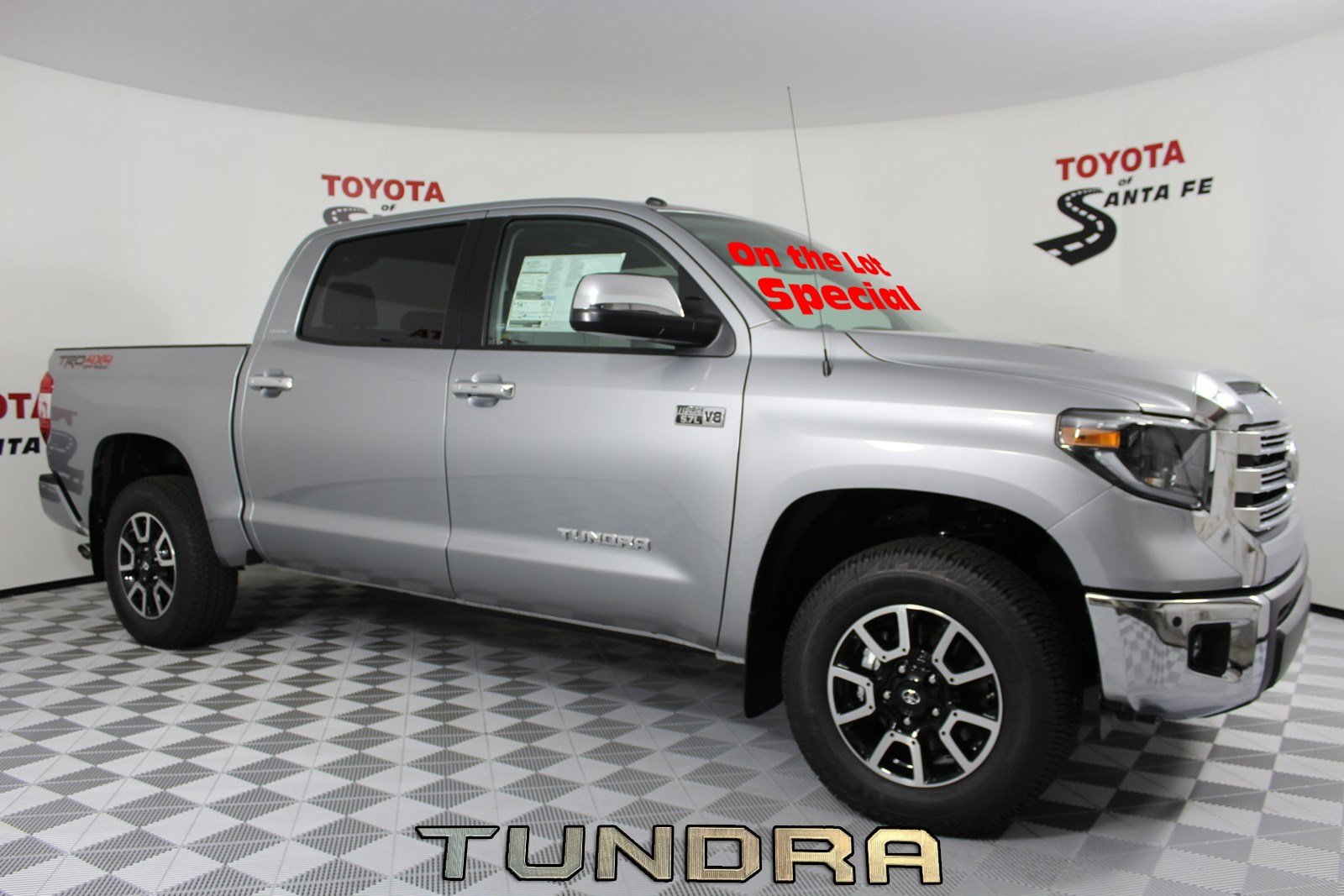 New 2019 Toyota Tundra Limited CrewMax 5.5' Bed 5.7L KX794470