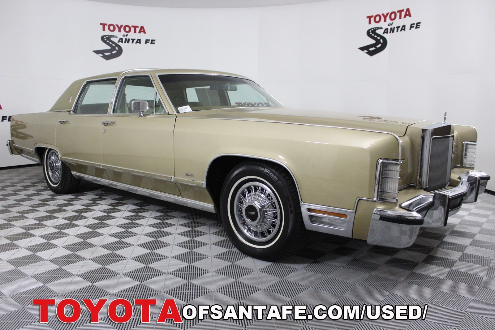 Pre-Owned 1979 Lincoln Continental