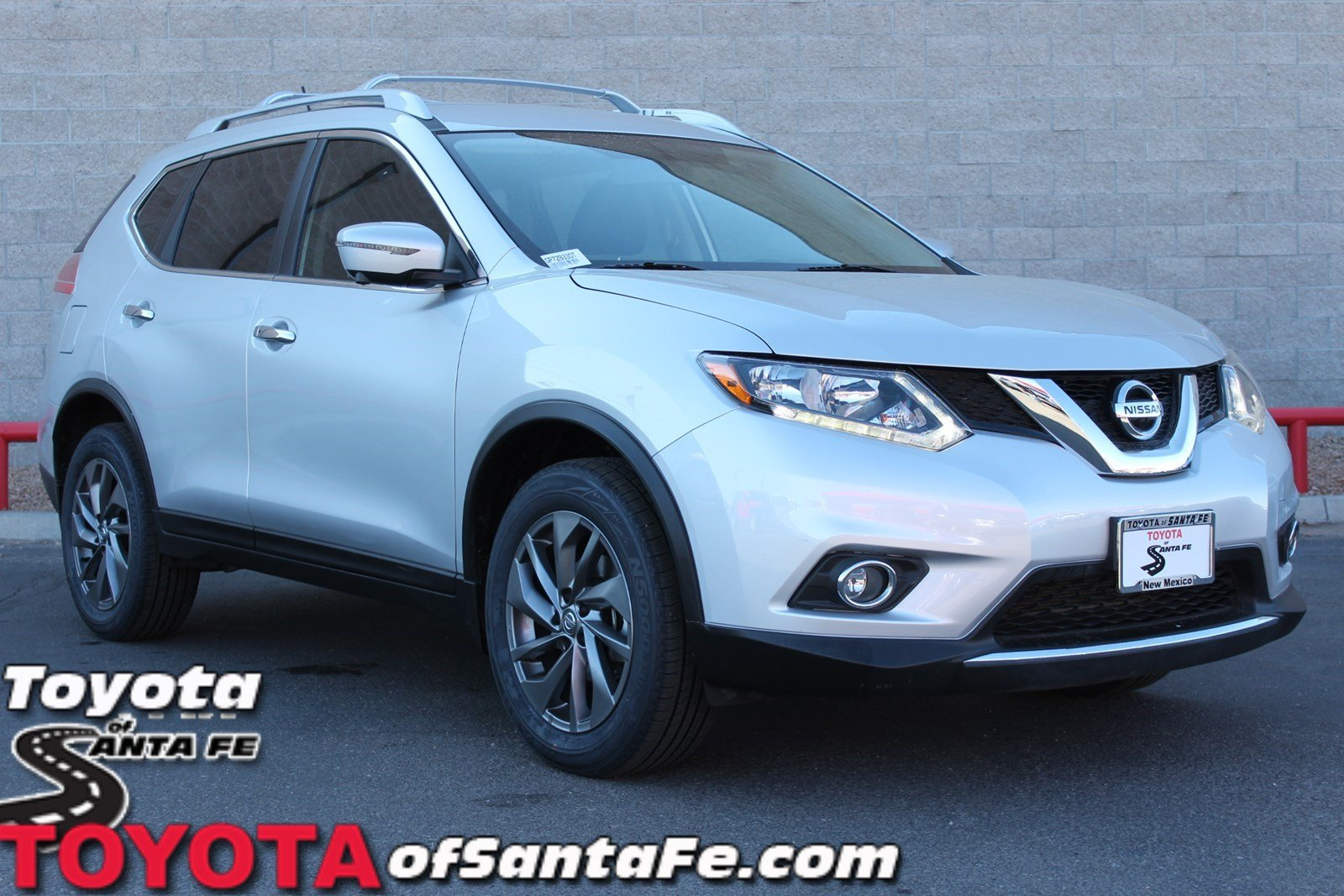 Pre-Owned 2016 Nissan Rogue SL With Navigation & AWD GP729330T