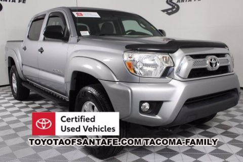 Certified Pre-Owned 2015 Toyota Tacoma DOUBLE CAB 4X4 V6